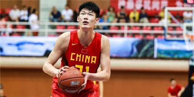 中国男篮合并后的16人名单出炉!李楠对红蓝两队球员真的一视同仁