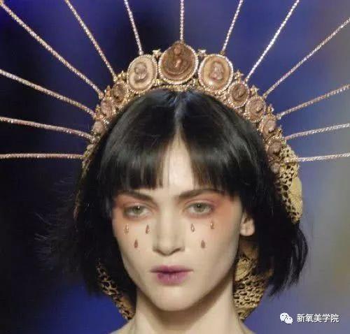 郑爽和娜扎新玩起来的泪眼妆,简直仙女本人了!