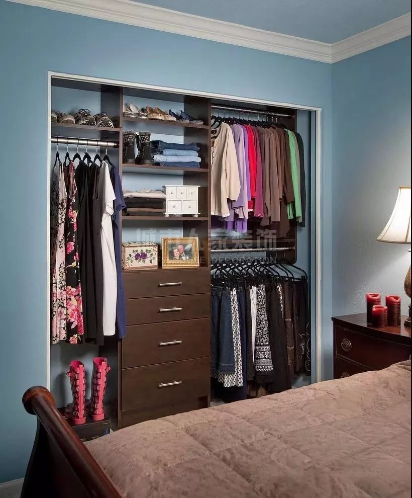 卧室里的衣柜该怎么合理的设计呢?