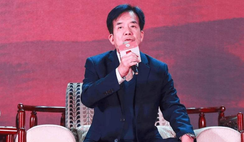 """""""扑克大王""""成故事大王:套现5亿投资13家公司打烂一手好牌"""