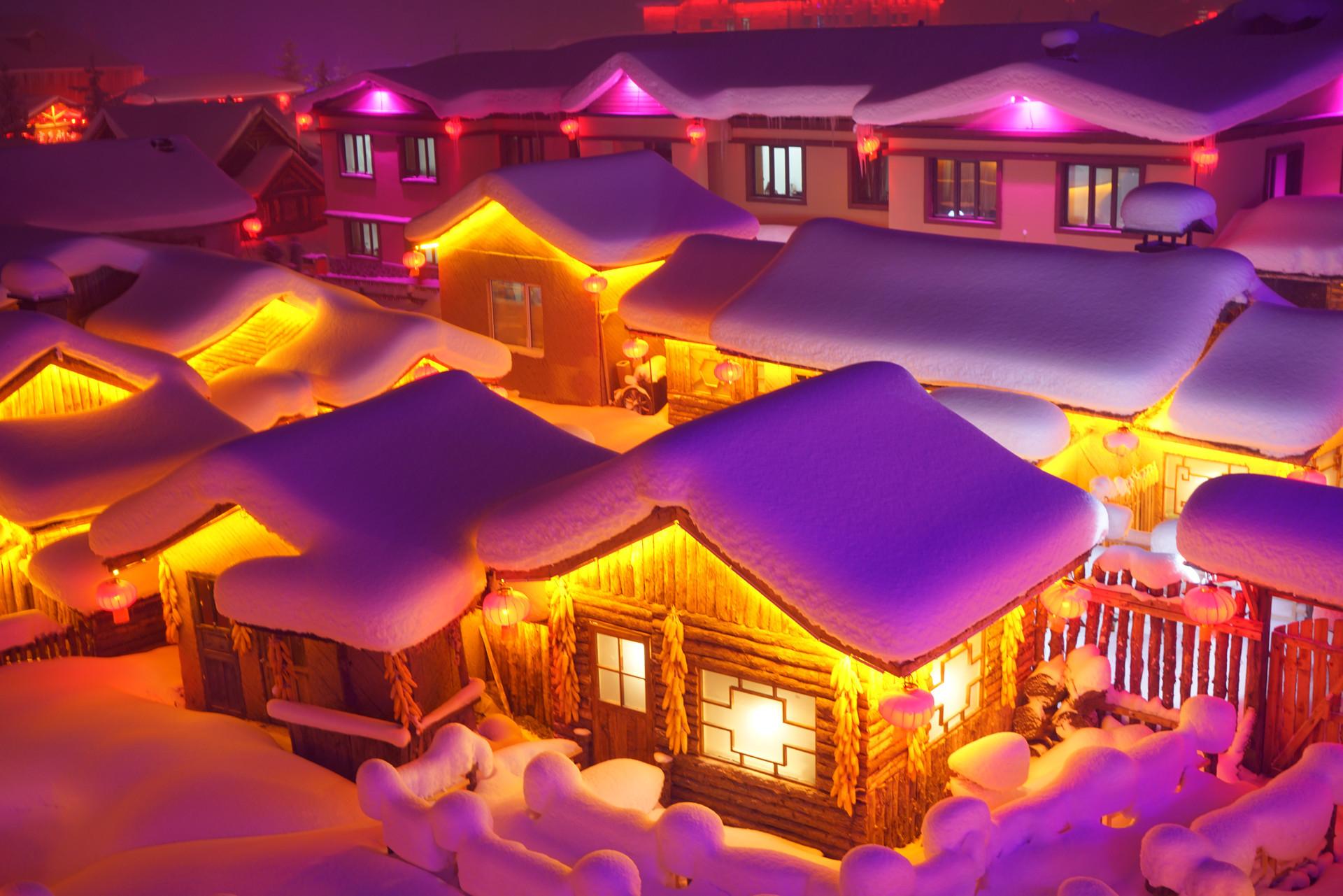 黑龙江的雪乡已经开园,不宰客的雪乡还是很美的