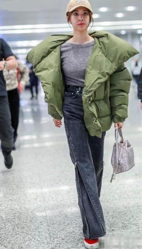 蔡依林能不能好好穿衣服,网友:这羽绒服能保暖?