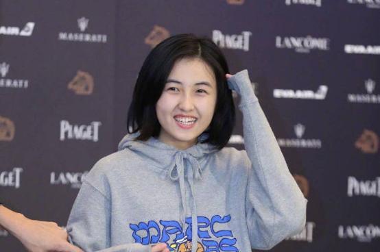 彭昱暢和張子楓戲外竟是這種關係!網友:相處的也太親密了吧!
