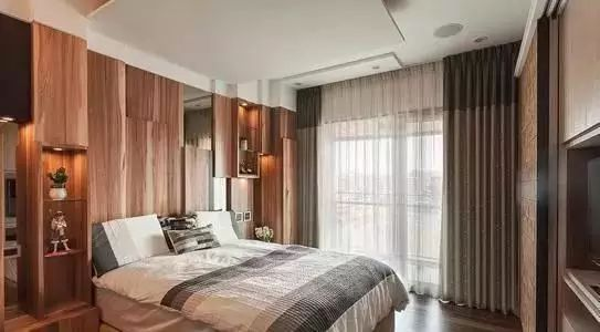 时尚 正文  和风一体书架:和风平台床,低矮和外延床廓是一大特色,设计图片