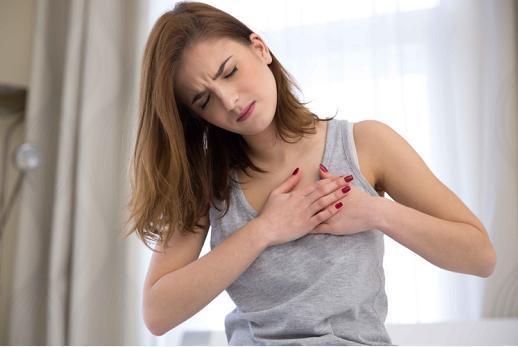 """女性为何总是乳房胀痛?或是这3种疾病收回的""""旌旗灯号"""",别大年夜意!"""