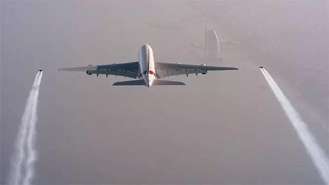 贫穷限制了你对迪拜某些宣传片的想象力,阿联酋航空1400万点