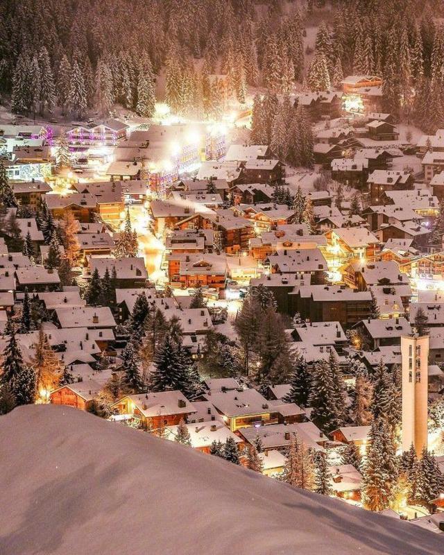 """看了瑞士这个小镇的雪景,突然发现中国的雪乡是""""假""""的"""