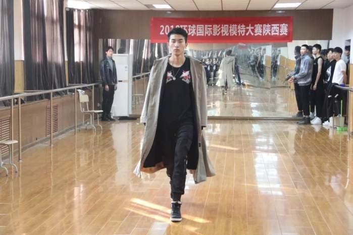11月15日西安城市建设职业学院 11月23日陕西艺星模特经纪有限公司 11