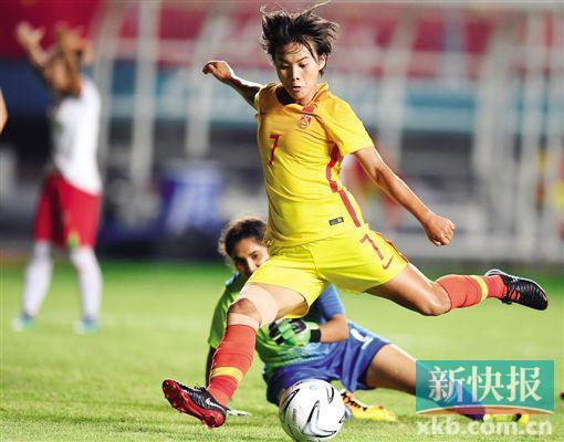 王霜:获最佳提名是种鼓舞冲击明年法国世界杯