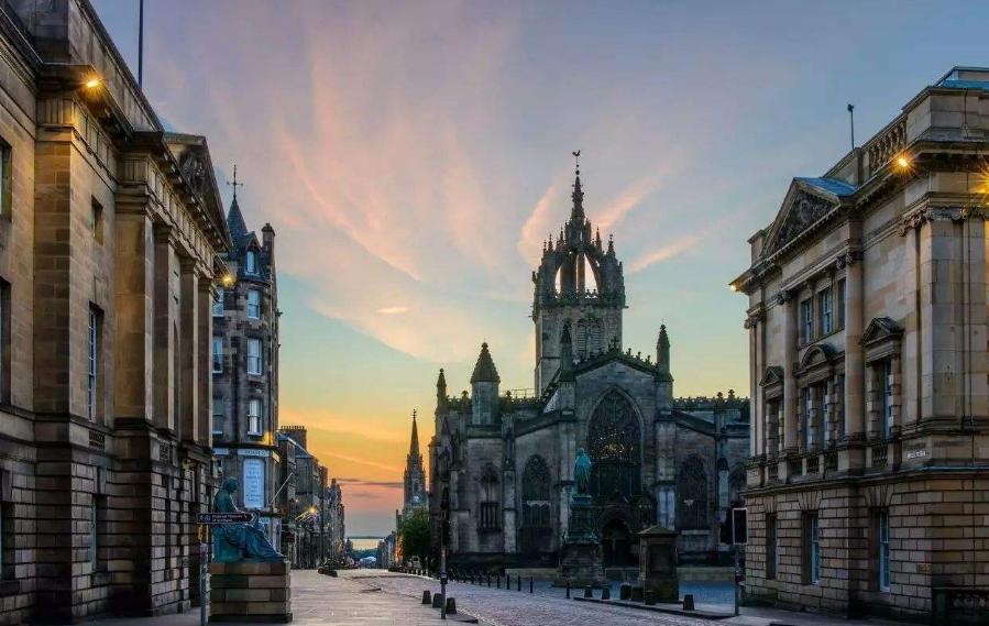 出国留学,说说英国留学专业哪些值得选择?