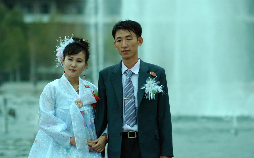 朝鮮男人工資不高,為什么不愁找不到老婆