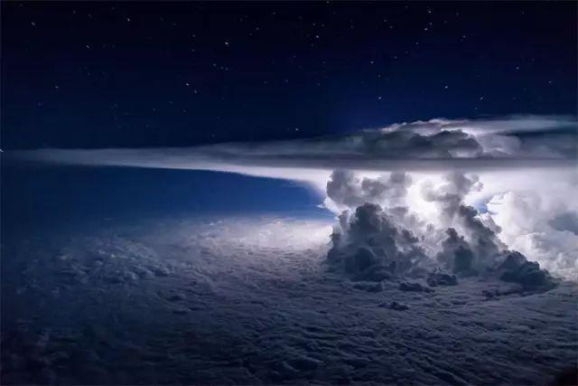 飞行员都被震慑到的高空场景,一生难见到一次!