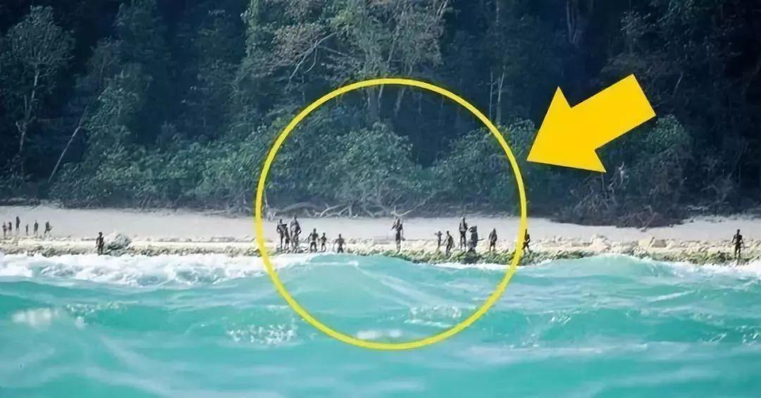 美國游客闖印度孤島,被原始部落居民射箭殺死