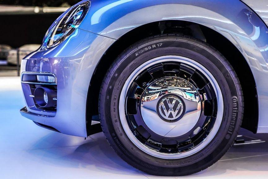 甲壳虫经典版上市重现大众汽车最经典设计_快乐十分精确公式