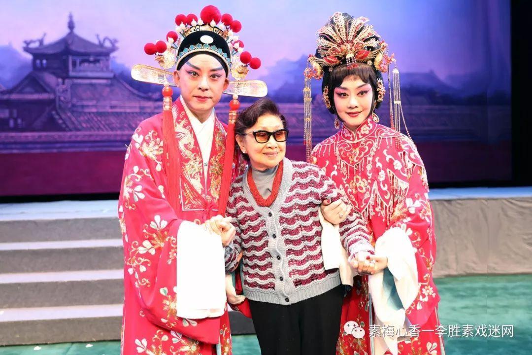 《帝女花》是家喻户晓的粤剧经典剧目,移植改编的京剧《帝女花》首度图片
