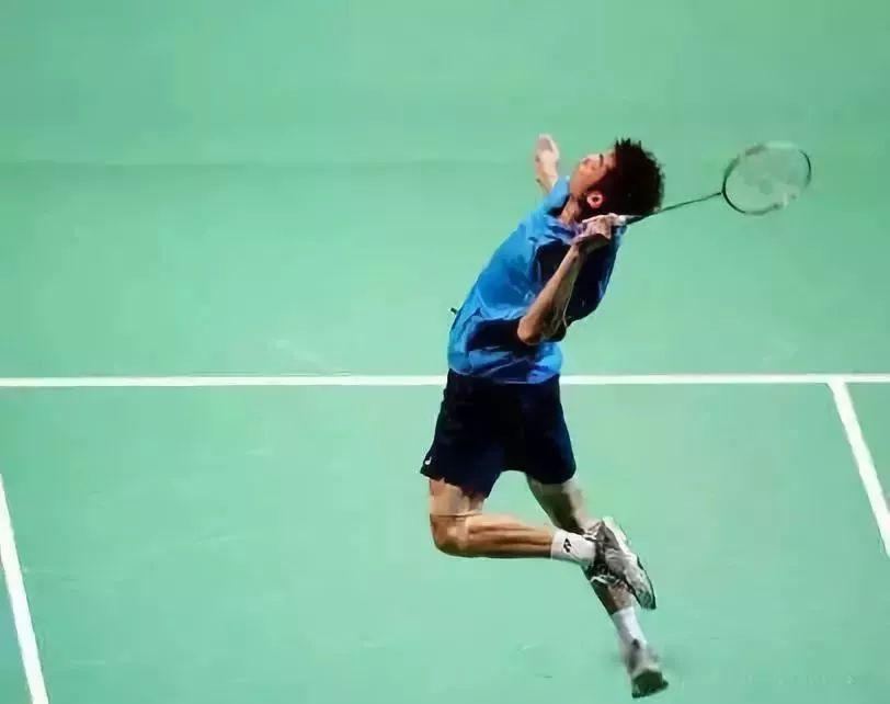 """沙漠:""""网球肘跟羽毛球v沙漠系?马术球友俱乐部图片"""