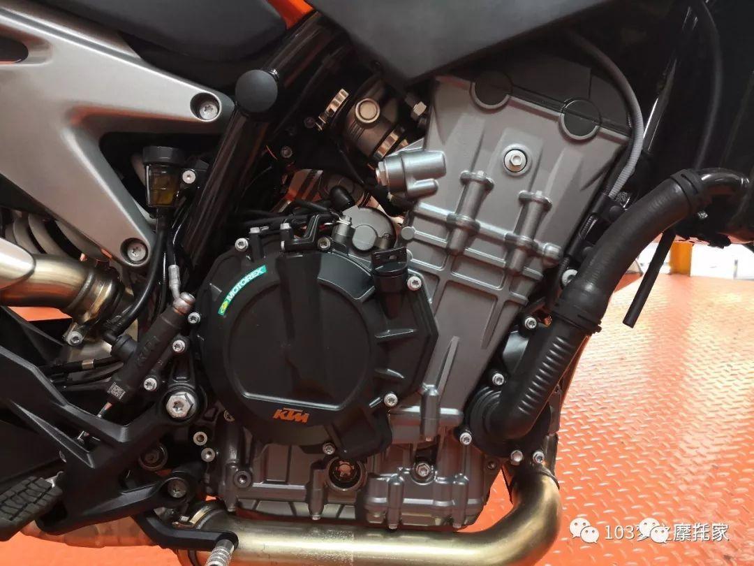 热点  又见KTM看看专业人士对即将到来的KTM 790 DUKE的车型解析