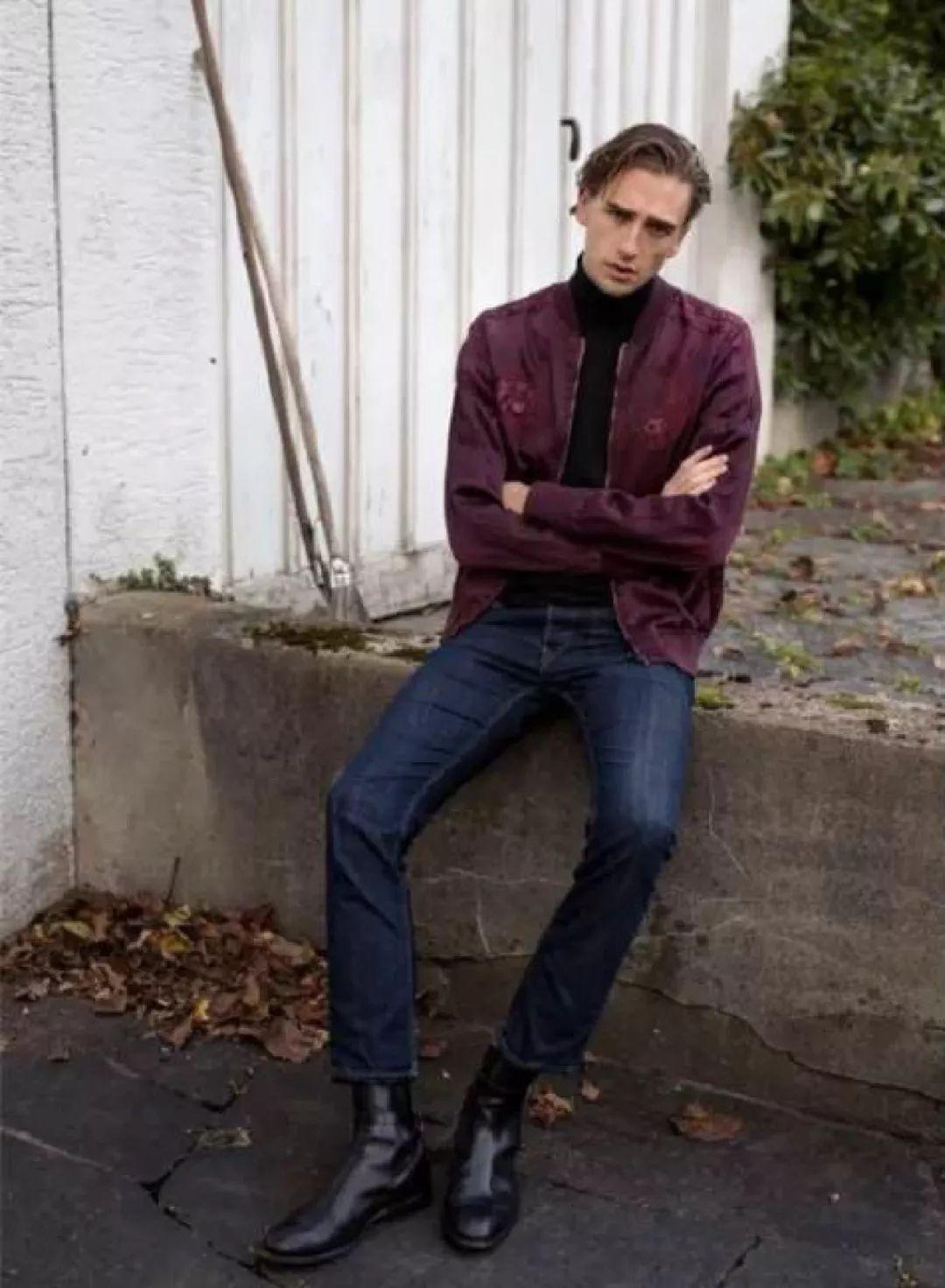 和大家讨论下秋冬男鞋搭配吧,一起玩转冬季时尚 切尔西靴作为服装界