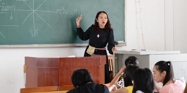 哈佛大学教授:教育的目的不是学会一堆知识,而是学会一种思维