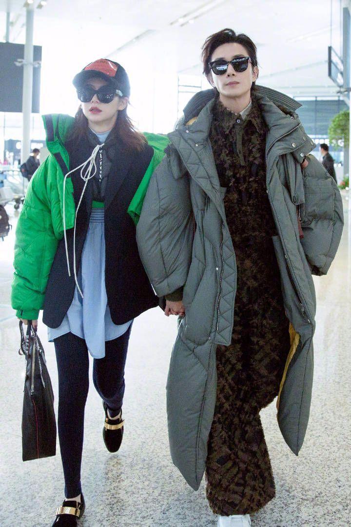 """戚薇是混搭界的奇葩,穿""""肚兜""""走机场,还把李承铉带偏了!"""
