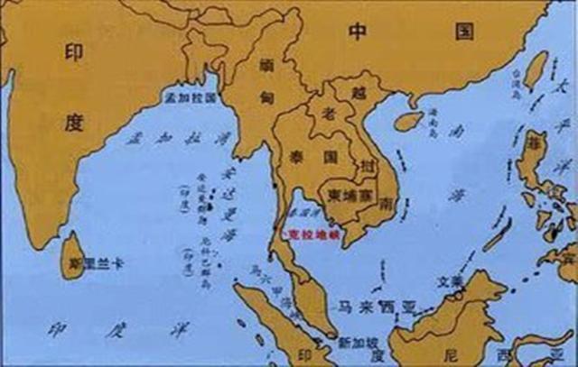 据测算如若开通克拉地峡运河,泰国所获收入将介于巴拿马运河和苏伊士运河之间,每年将有图片