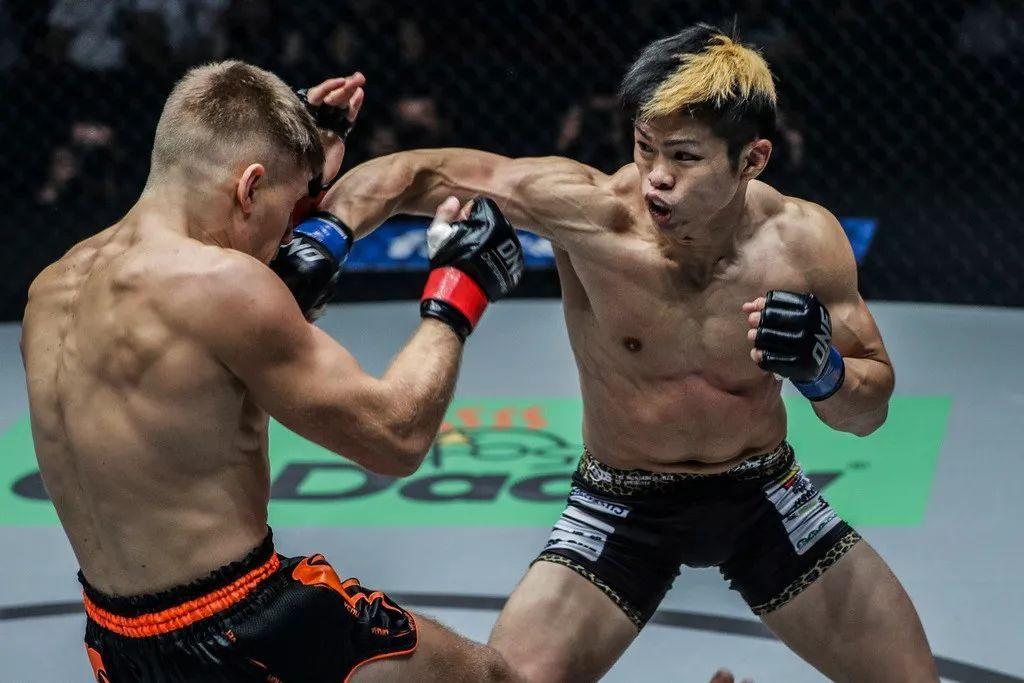 2018年11月23日ONE冠军赛:独占鳌头 - 直播[视频] 韩子豪出战
