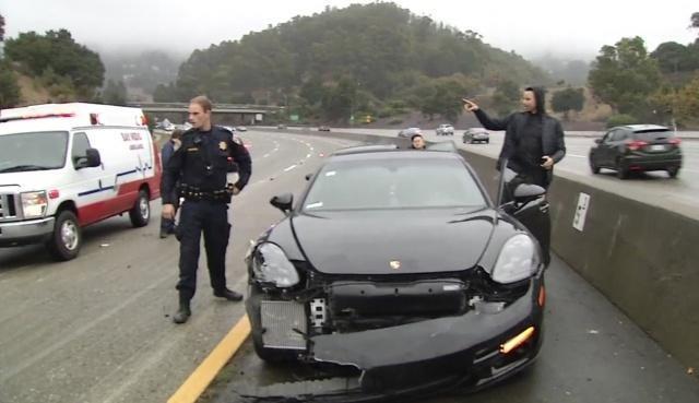 库里遭遇车祸