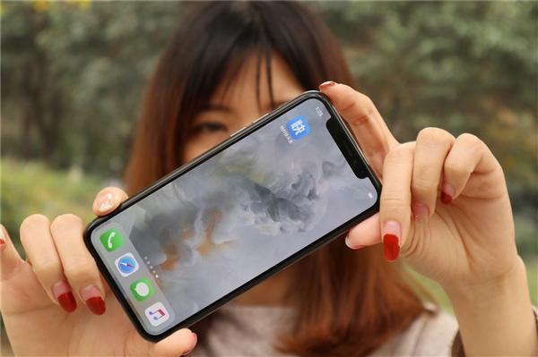 中国穷人用苹果富人用华为?专家:收入不代表消费力  移动互联  第1张