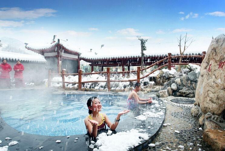 青海除了青海湖还有这些温泉,你去过一家就死而无憾了!再泡一个藏药浴美呆呆