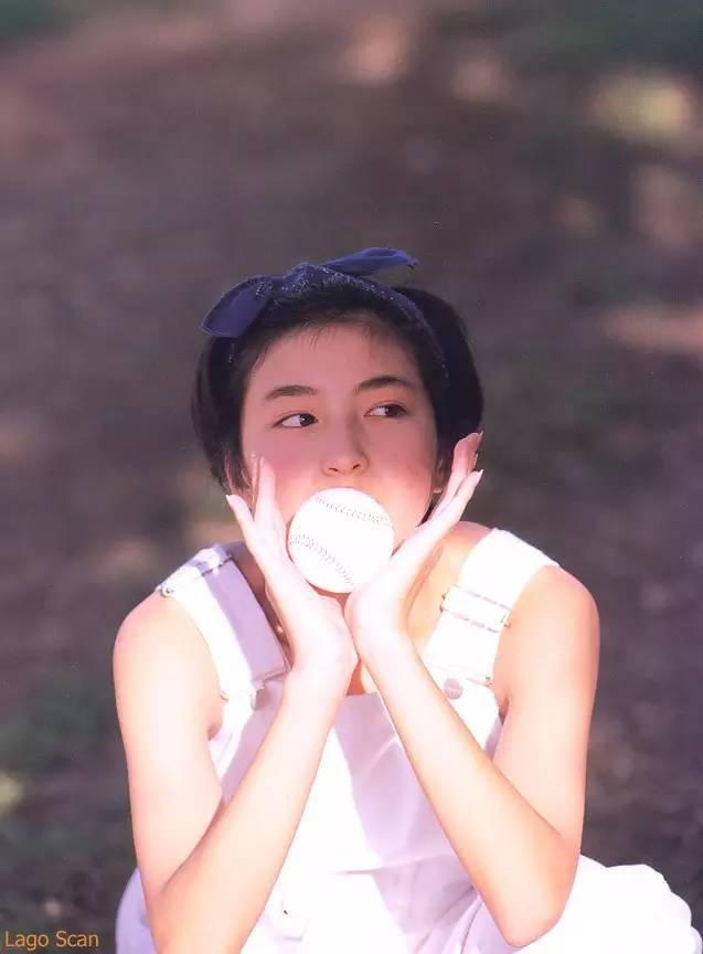 广末凉子写真集《R.Running》