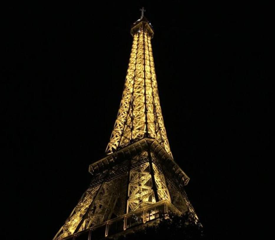 晚上為什么不能拍埃菲爾鐵塔? 理由讓人吃驚!