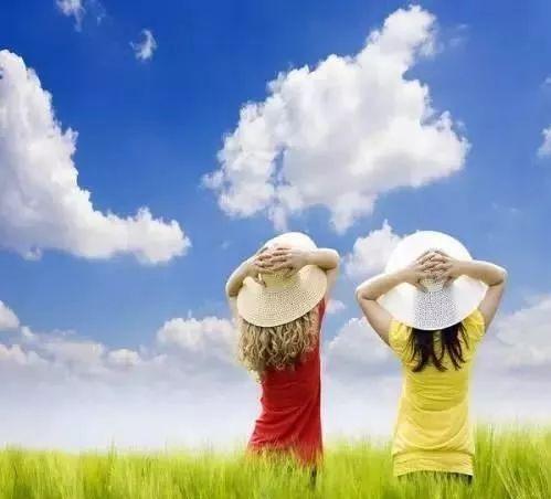 要保持乐观的情绪.要热爱生活,热爱自己的学习,善于在生活中寻找乐趣.