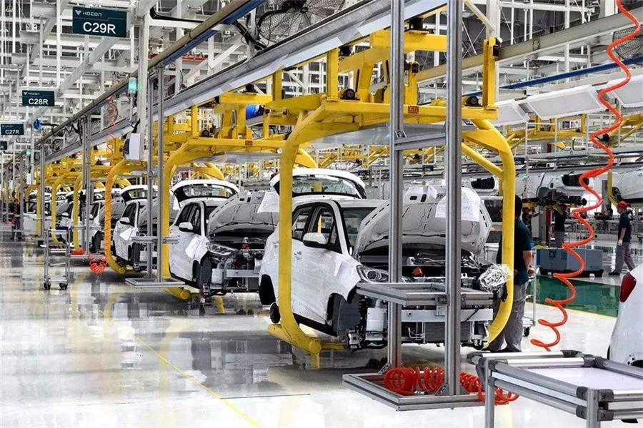 """宝马新5系都开始""""拉客""""了传统车企为何快速布局网约车?"""