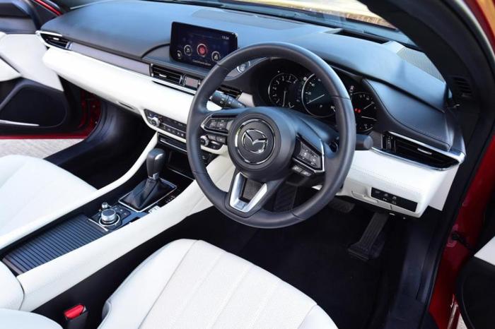 马自达6配置25 L自然进气式发动机及手动变速箱_腾讯分分彩登录