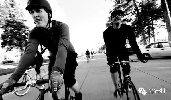 骑行中的普通安全措施之外 我们还需要做些什么