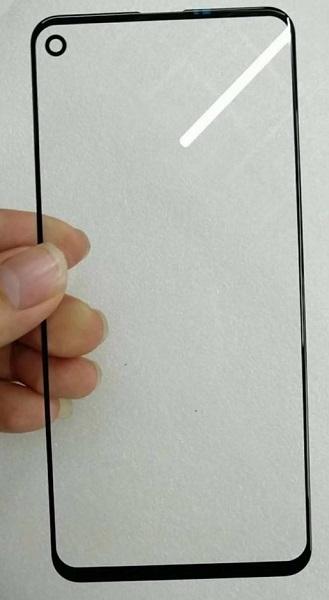 疑似Galaxy A8s屏幕玻璃曝光:左上角预留圆形开孔