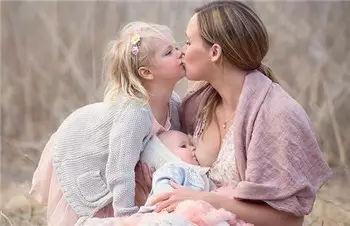 怀了二宝,还能继续给大宝喂奶吗?答案竟然是这样……