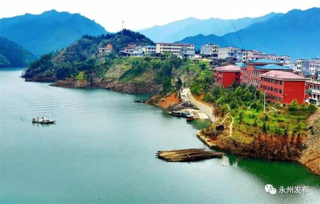 60平方公里,依托白水河,小黄司河及晒北滩水库建设而成,属于自然河湖