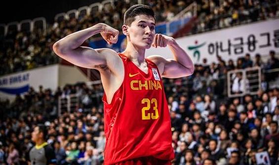 中国男篮两大消息!世预赛大名单出炉+亚洲最佳中国队两人上榜