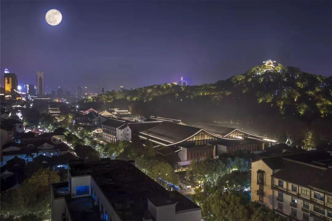 案例分享 | 绍兴饭店,古城里的灯光设计!图片