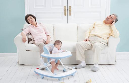 新生宝宝长湿疹怎么办?婴儿湿疹怎么消除?