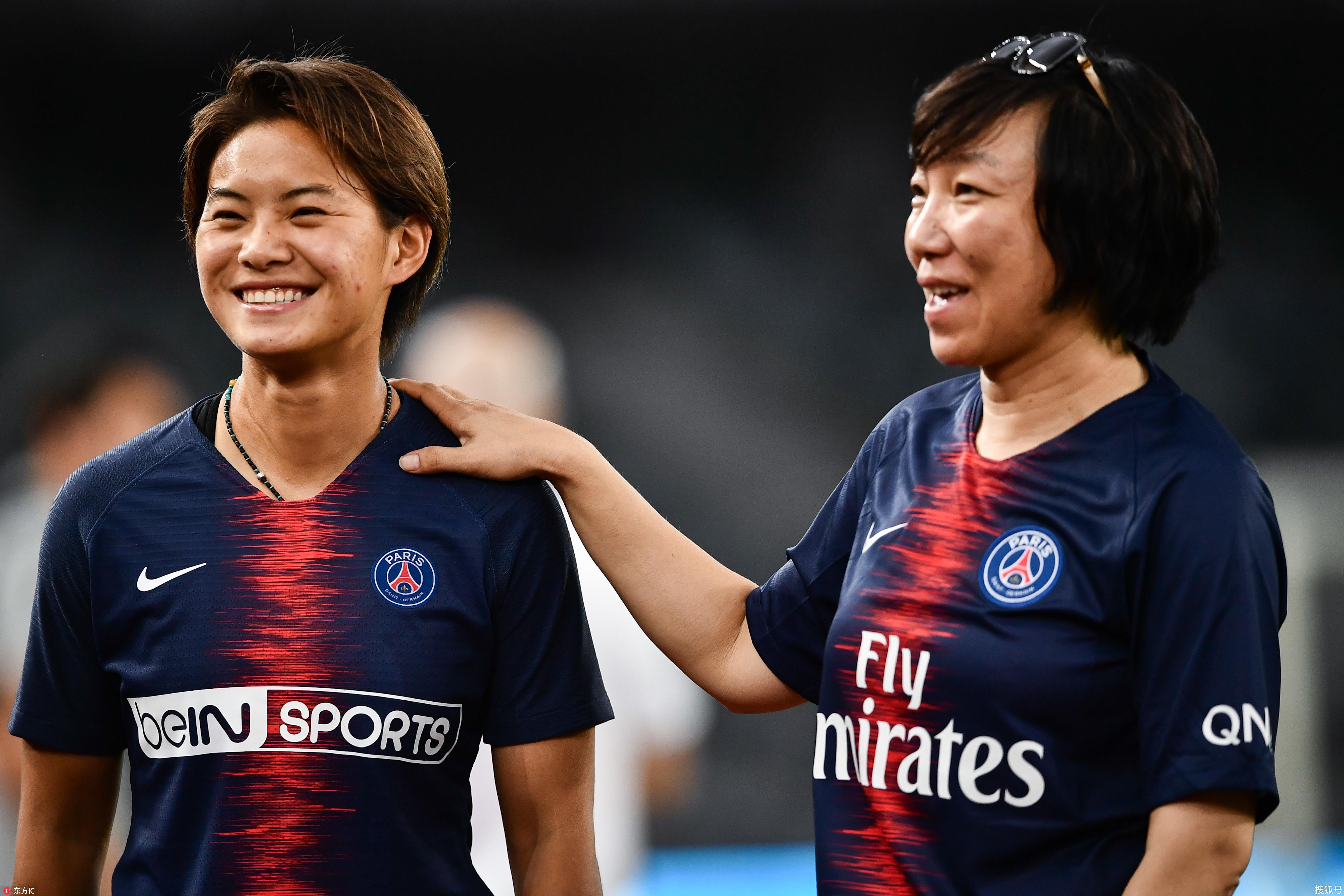 亚洲讯雷_中国第四位亚洲足球小姐诞生 回顾王霜高光时刻