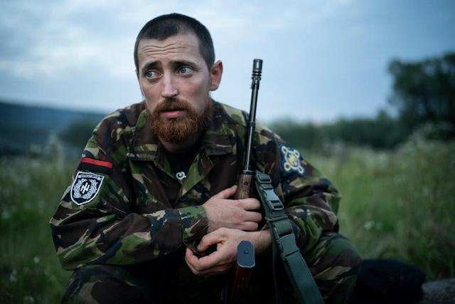 他们还是孩子乌克兰军事训练营教人如何瞄准射杀俄罗斯士兵