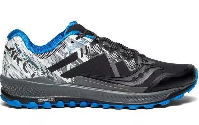 世界四大名跑鞋_跑者世界推荐:最适合冬季跑步的9款跑鞋,萨罗蒙,布鲁克斯,索康尼上榜!