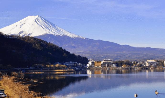 日本2021年出生人口70万_日本真人口咬图片欣赏