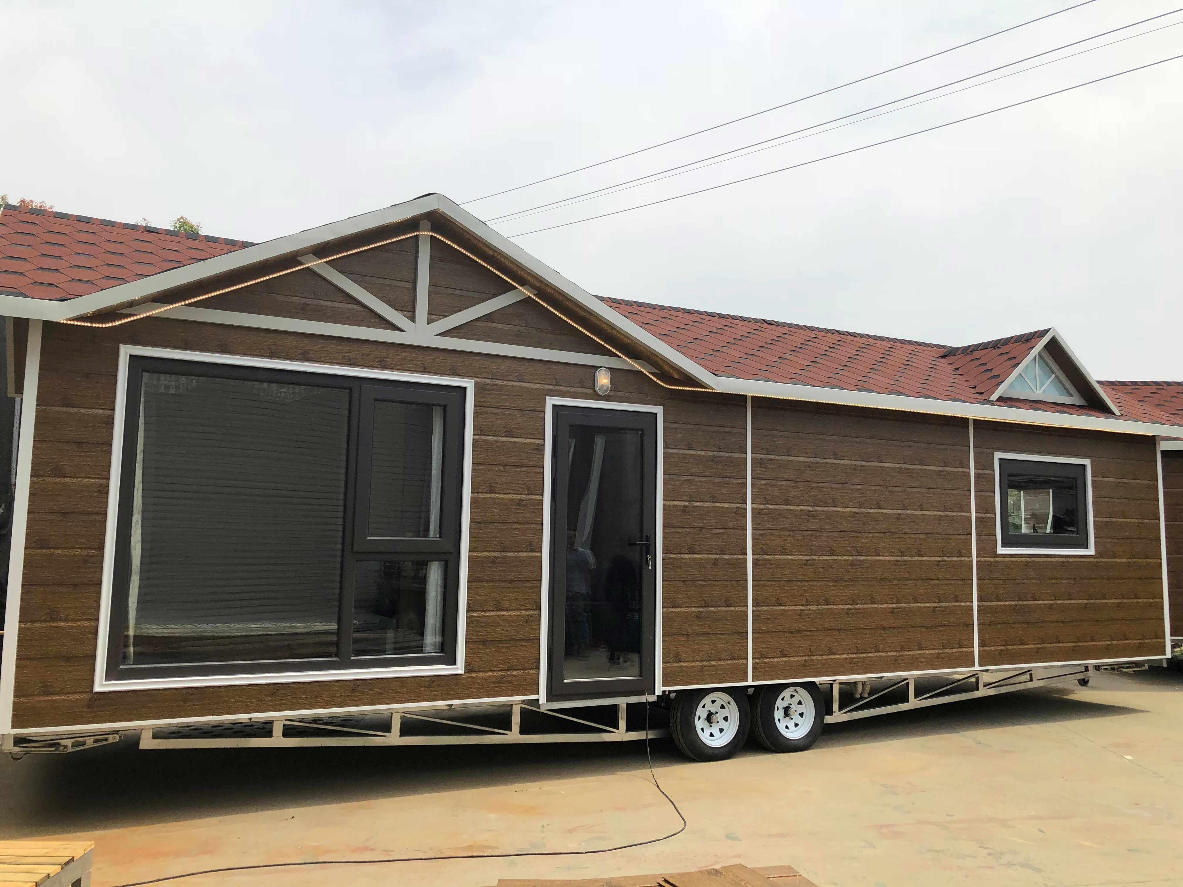 9.7米小木屋房车