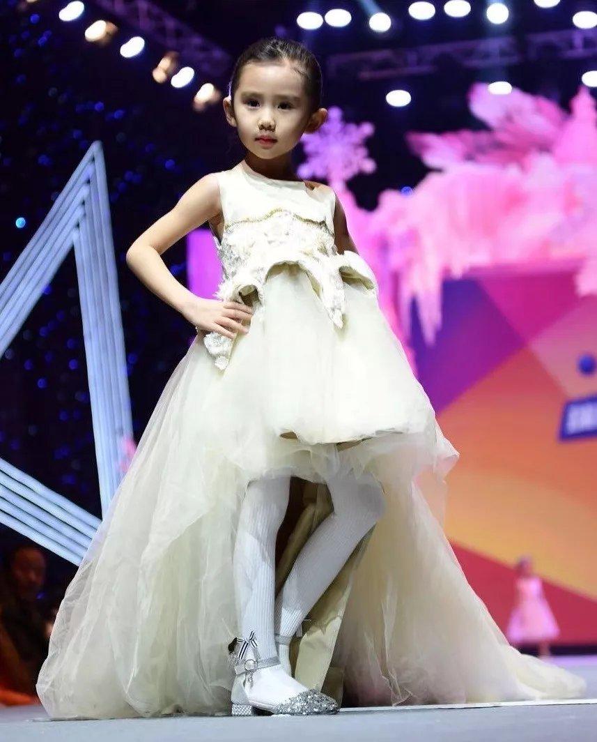 2018兔比兔瑞丽少儿模特大赛北京首发