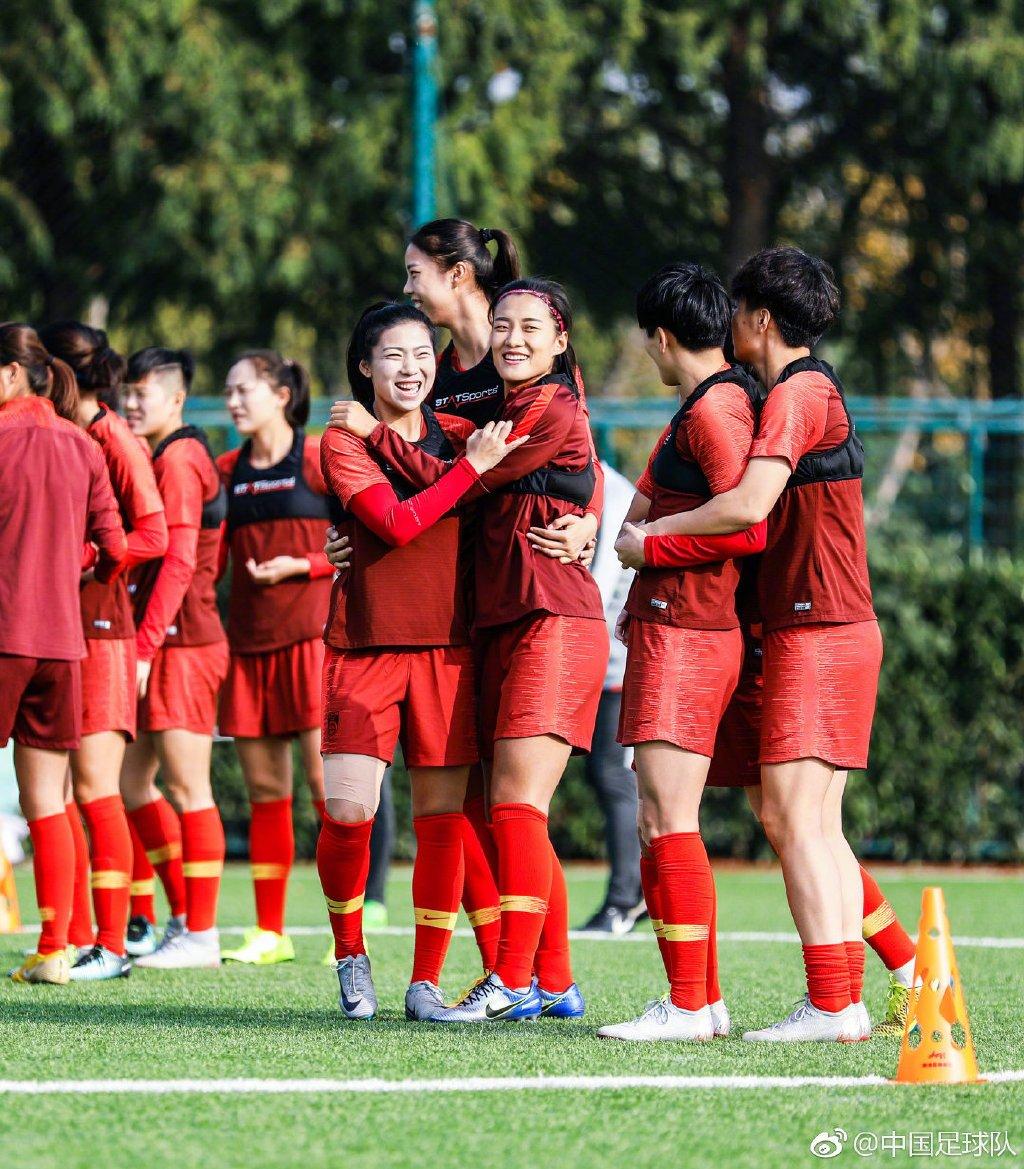 东亚杯预赛女足6-0中国香港王珊珊连续两场破门
