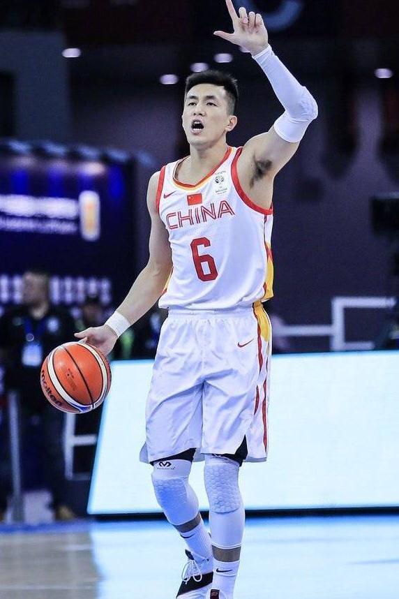 中国篮球风格接轨世界潮流 李楠全新战术理念受益全员