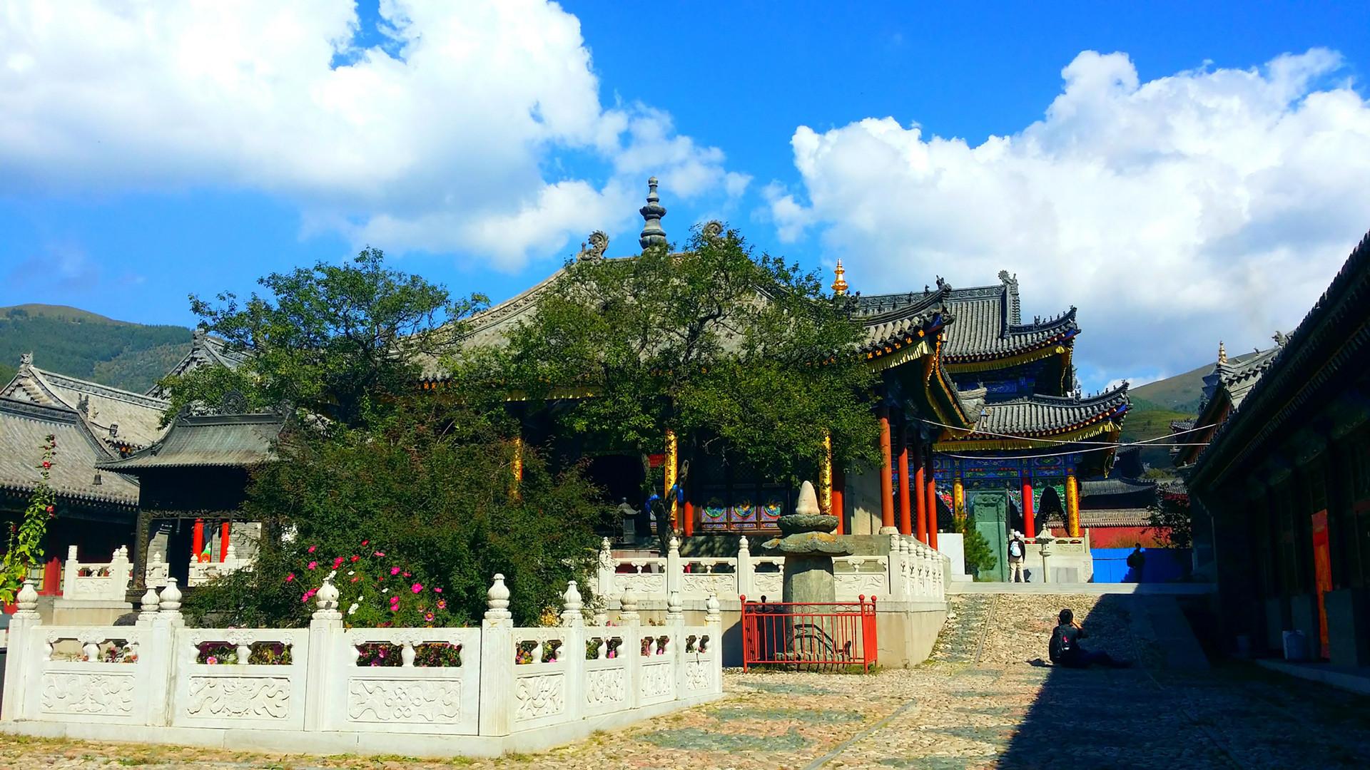 我国最高的佛寺_佛教四大名山之一,被金庸写进武侠小说,多位皇帝前来参拜 ...